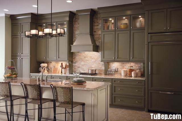 traditional-kitchen-cabinets-10