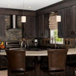 traditional-kitchen-cabinets-14