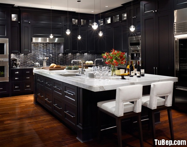 traditional-kitchen-cabinets-13