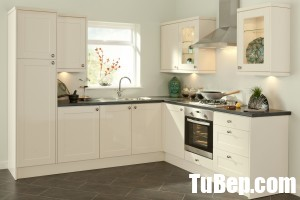 white-corner-L-shaped-small-kitchen-and-wooden-cabinetry-kitchen-interior-ideas-also-grey-tile-flooring-ideas